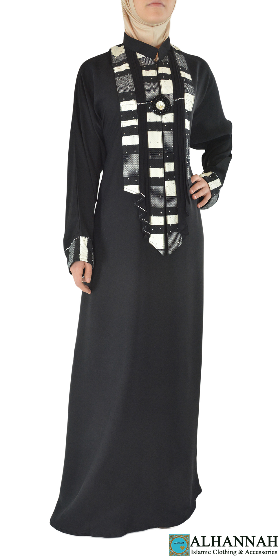 Ruya - Black and White Abaya Front